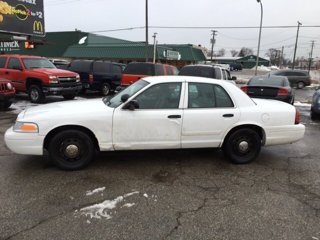2011 Ford Crown Victoria Police Interceptor Pursuit 4dr Sedan (3.55 Axle) - Port Huron MI