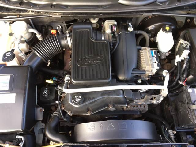 2005 Chevrolet TrailBlazer EXT LS 4WD 4dr SUV - Port Huron MI