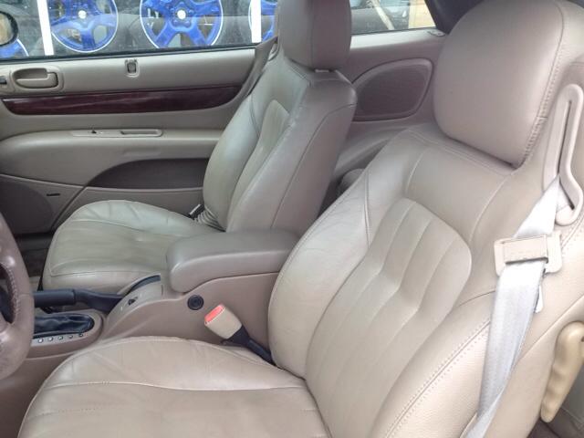2001 Chrysler Sebring LXi 2dr Convertible - Port Huron MI