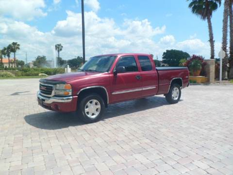 2004 GMC Sierra 1500 for sale at SRQ Auto LLC in Bradenton FL