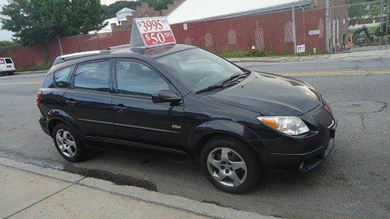2005 Pontiac Vibe (image 2)