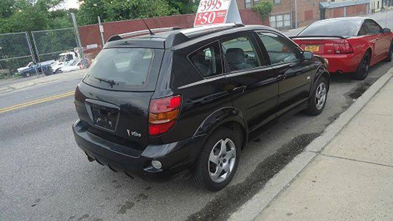2005 Pontiac Vibe (image 4)