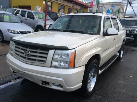2004 Cadillac Escalade EXT for sale in New Rochelle, NY