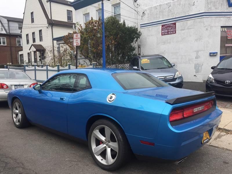 2010 Dodge Challenger SRT8 (image 17)