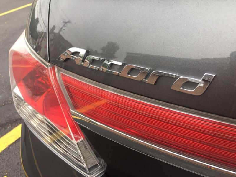2011 Honda Accord EX-L V6 4dr Sedan w/Navi - New Rochelle NY