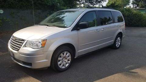 2010 Chrysler Town and Country for sale in Kent, WA