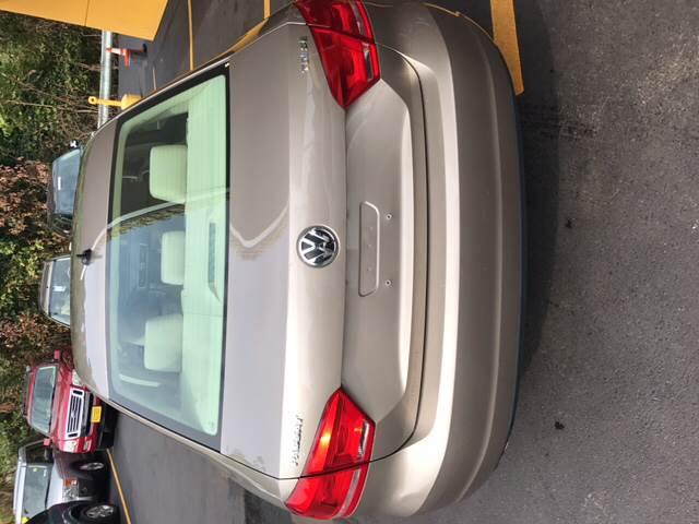 2015 Volkswagen Passat TDI SE 4dr Sedan 6A w/Sunroof - Pittsburgh PA