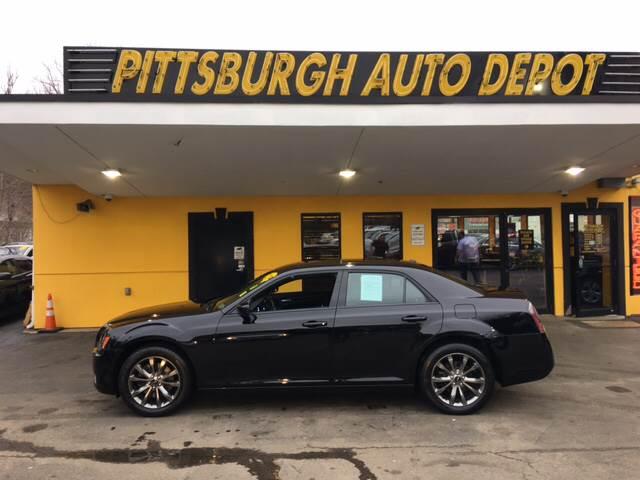 2014 Chrysler 300 AWD S 4dr Sedan - Pittsburgh PA