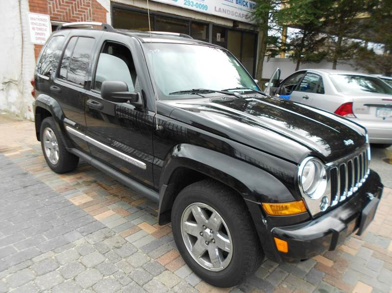 2007 Jeep Liberty Limited 4dr SUV 4WD W/ Front Side Curtain Airbags    Farmingdale NY