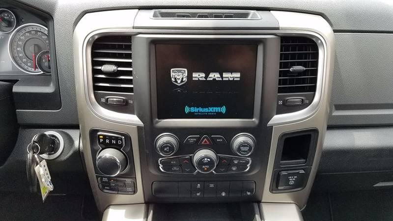 2015 RAM Ram Pickup 1500 4x4 Big Horn 4dr Crew Cab 5.5 ft. SB Pickup - Clyde OH