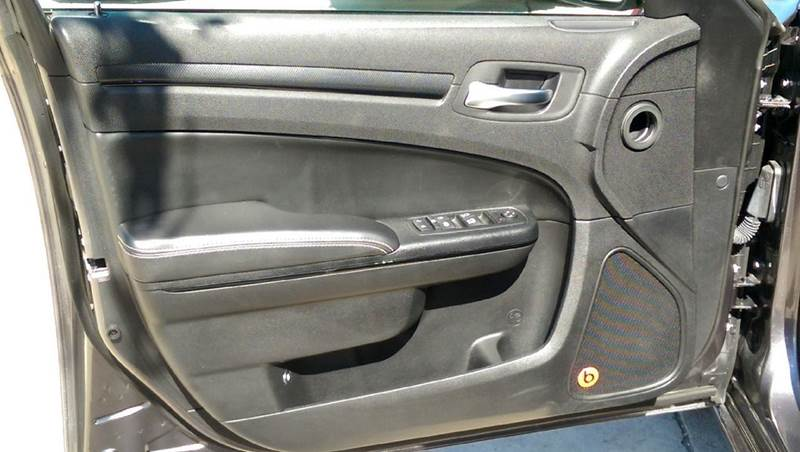 2014 Chrysler 300 S AWD 4dr Sedan - Clyde OH