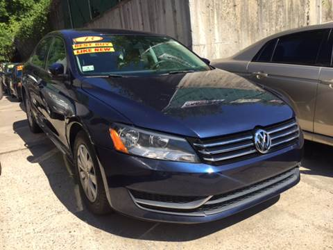 2013 Volkswagen Passat for sale at Deleon Mich Auto Sales in Yonkers NY