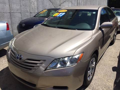 2009 Toyota Camry for sale at Deleon Mich Auto Sales in Yonkers NY