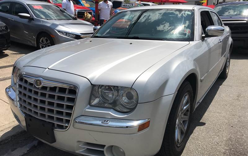 2006 Chrysler 300 C 4dr Sedan In Yonkers NY - Deleon Mich Auto Sales