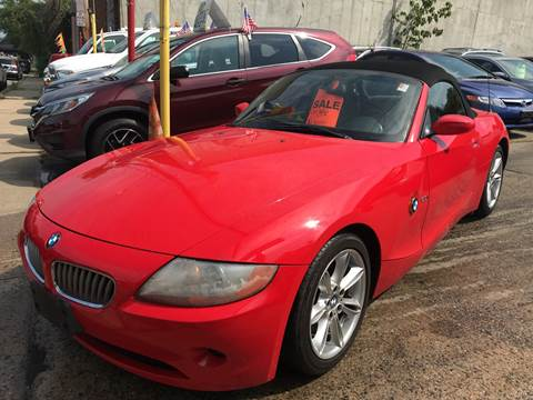 2004 BMW Z4 for sale at Deleon Mich Auto Sales in Yonkers NY