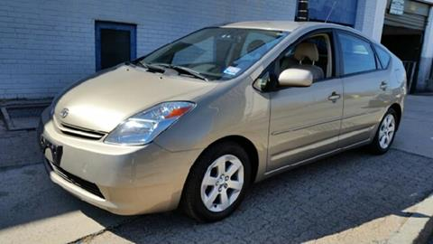 2005 Toyota Prius for sale at Deleon Mich Auto Sales in Yonkers NY