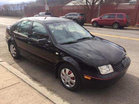 2003 Volkswagen Jetta for sale at Deleon Mich Auto Sales in Yonkers NY