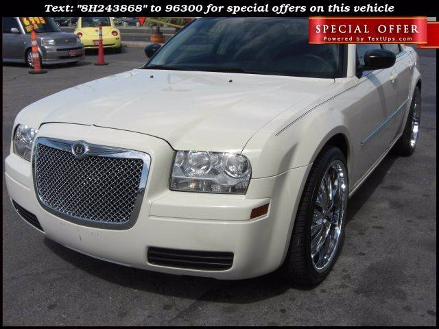 Used Cars in Las Vegas 2008 Chrysler 300