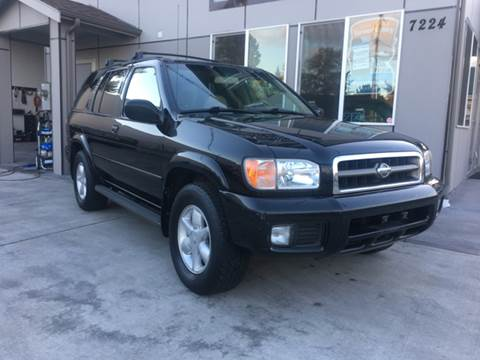 2001 Nissan Pathfinder for sale in Tacoma, WA