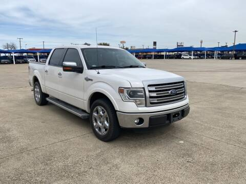 2013 Ford F-150 for sale at Lynn Smith Chevrolet in Burleson TX