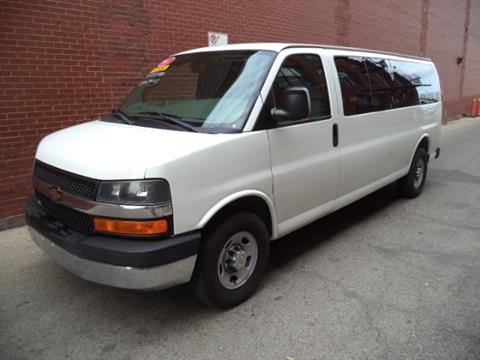 2011 Chevrolet Express Passenger for sale in Chicago, IL
