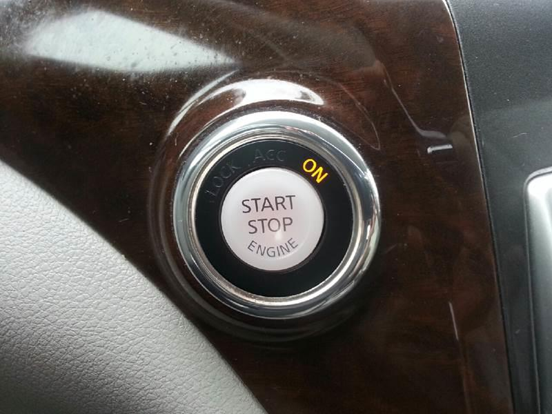 2012 Nissan Quest 3.5 LE 4dr Mini-Van - Canton IL