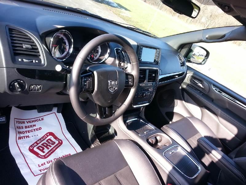 2017 Dodge Grand Caravan SXT 4dr Mini-Van - Canton IL