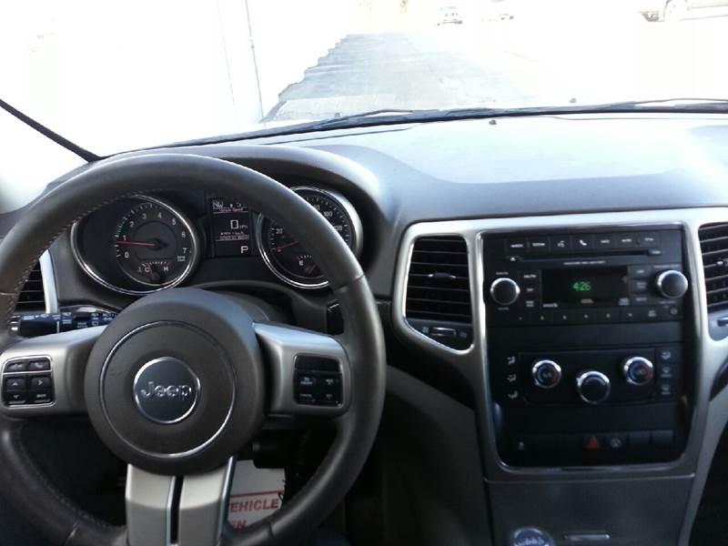 2013 Jeep Grand Cherokee 4x4 Laredo 4dr SUV - Canton IL