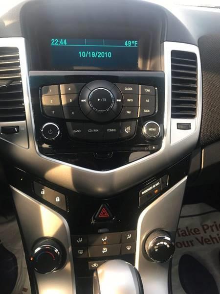 2011 Chevrolet Cruze LT 4dr Sedan w/1LT - Detroit MI