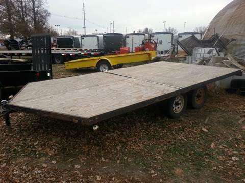 2005 USED SNOWMOBILE