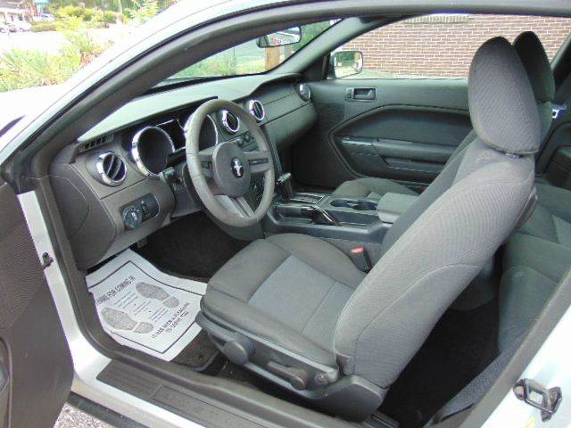 2006 Ford Mustang V6 Premium 2dr Coupe - Greenville SC