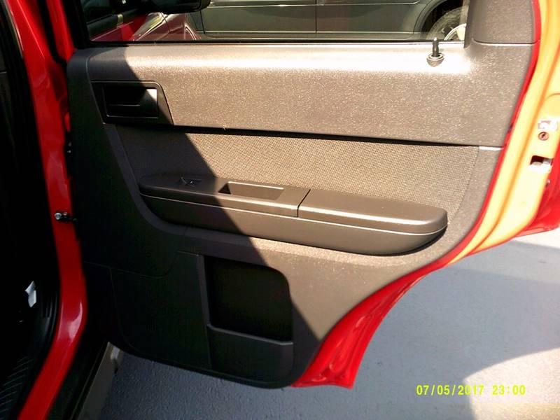 2009 Ford Escape XLT 4dr SUV - Crystal Lake IL