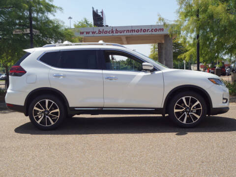 2020 Nissan Rogue for sale at BLACKBURN MOTOR CO in Vicksburg MS