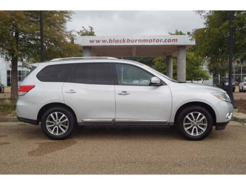 2013 Nissan Pathfinder for sale at BLACKBURN MOTOR CO in Vicksburg MS