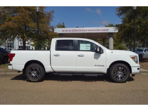 2021 Nissan Titan for sale at BLACKBURN MOTOR CO in Vicksburg MS