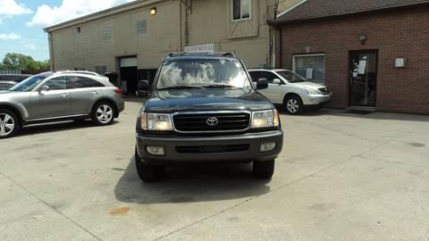 2001 Toyota Land Cruiser for sale in Redford, MI