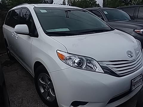 2017 Toyota Sienna for sale in Austin, TX