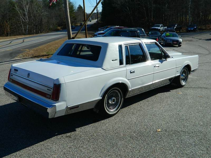 1988 Lincoln Town Car for sale at Bethel Auto Sales in Bethel ME
