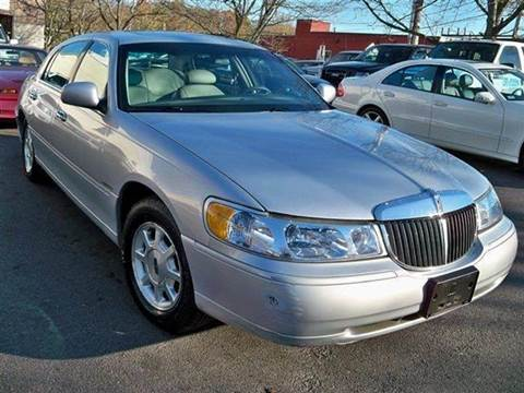 2002 Lincoln Town Car for sale at Auto King Picture Cars in Westchester County NY