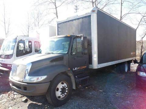 2004 International 4300 for sale in Westchester County, NY