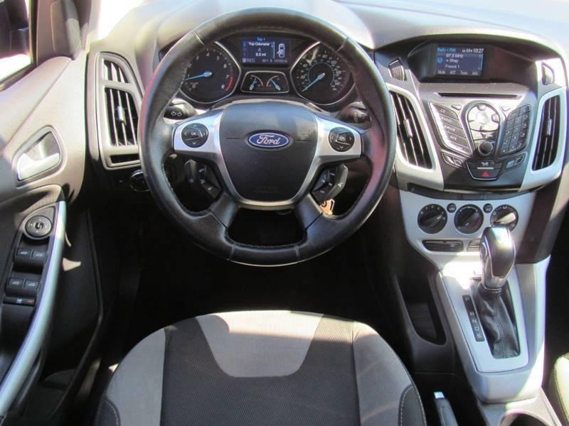 2012 Ford Focus SE 4dr Hatchback - Lakeland FL
