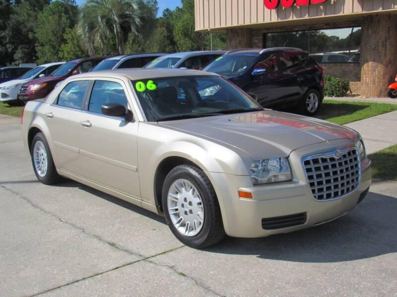 2006 Chrysler 300 4dr Sedan - Lakeland FL