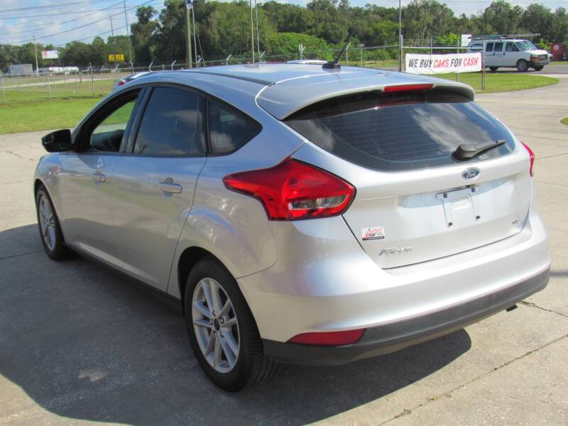 2017 Ford Focus SE 4dr Hatchback - Lakeland FL