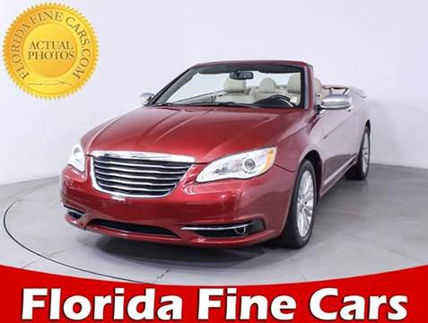 2013 Chrysler 200 Convertible for sale in Miami, FL