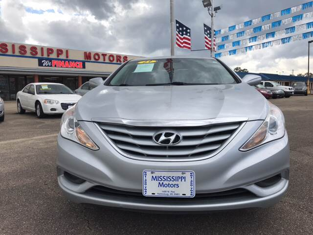 2013 hyundai sonata gls 4dr sedan in hattiesburg ms mississippi motors. Black Bedroom Furniture Sets. Home Design Ideas
