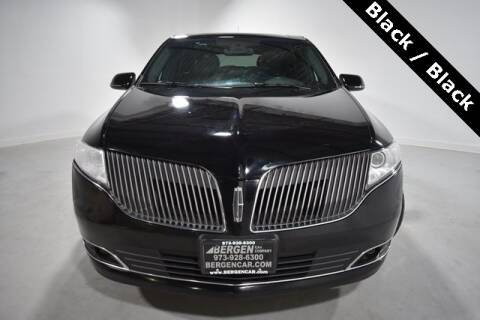 2017 Lincoln MKT Town Car