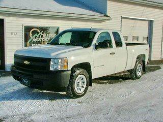 2009 Chevrolet Silverado 1500 for sale at HILLTOP MOTORS INC in Caribou ME