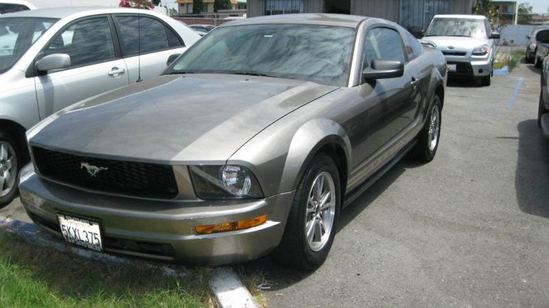 2005 Ford Mustang for sale at CABO MOTORS in Chula Vista CA