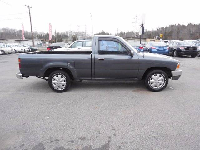 1993 Toyota Pickup 2dr Deluxe Standard Cab SB - Kingsport TN
