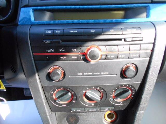 2005 Mazda MAZDA3 s 4dr Sedan - Kingsport TN